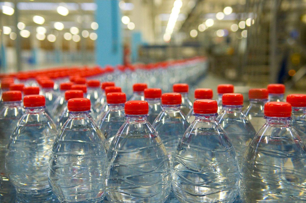 acqua plastica